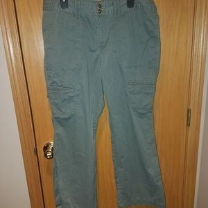 Olive green cargo pant